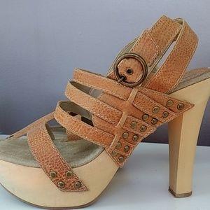 Genuine leather platform sandal